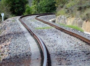 Planowany jest  remont linii kolejowej z Wrocławia do Niemczy i Piławy