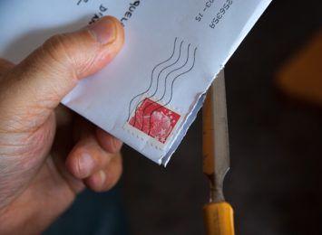 Zwolnienia za L4? Pracownicy poczty boją się chorować
