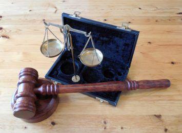 13 latek wypuszczony przez sąd