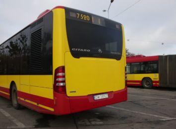 Drzwi autobusu MPK przytrzasnęły pasażerkę