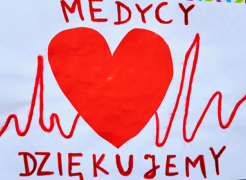 Dzieci z całej Polski stworzyły życzliwą e-galerię dla medyków