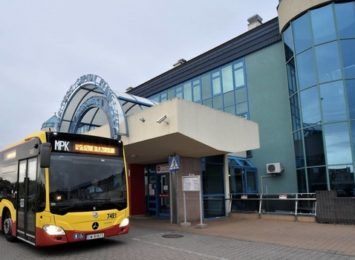 Specjalny autobus dla pracowników i studentów szpitala